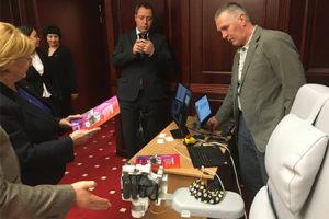 Глава Минздрава России Вероника Скворцова осматривает комплекс Экзокисть